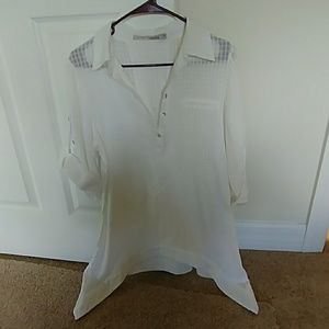 Miilla Clothing Tops - Cure cotton white blouse